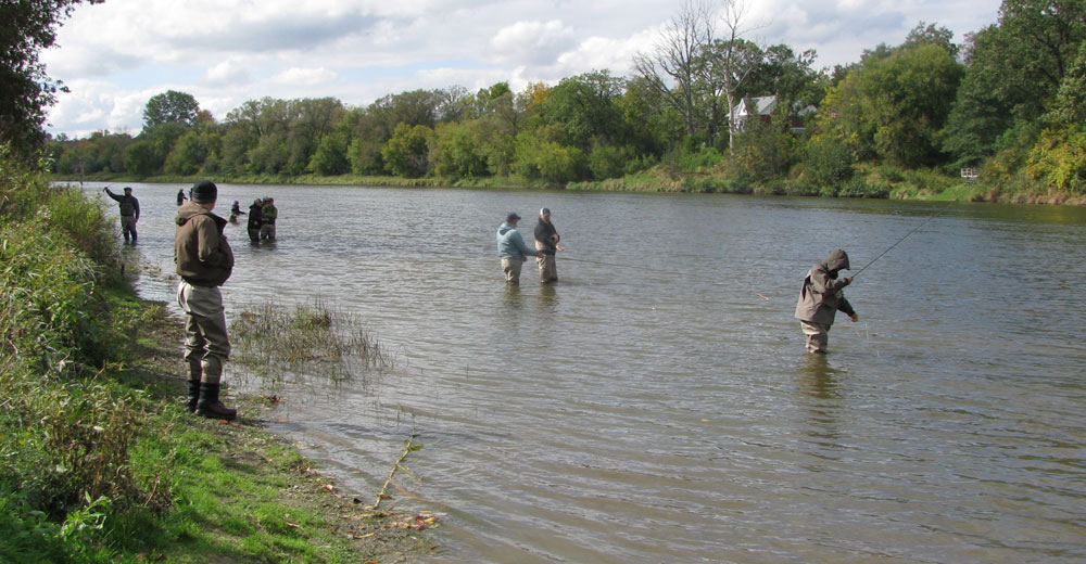 Introduction to fly fishing grand river outfitting fly for Grand river fishing