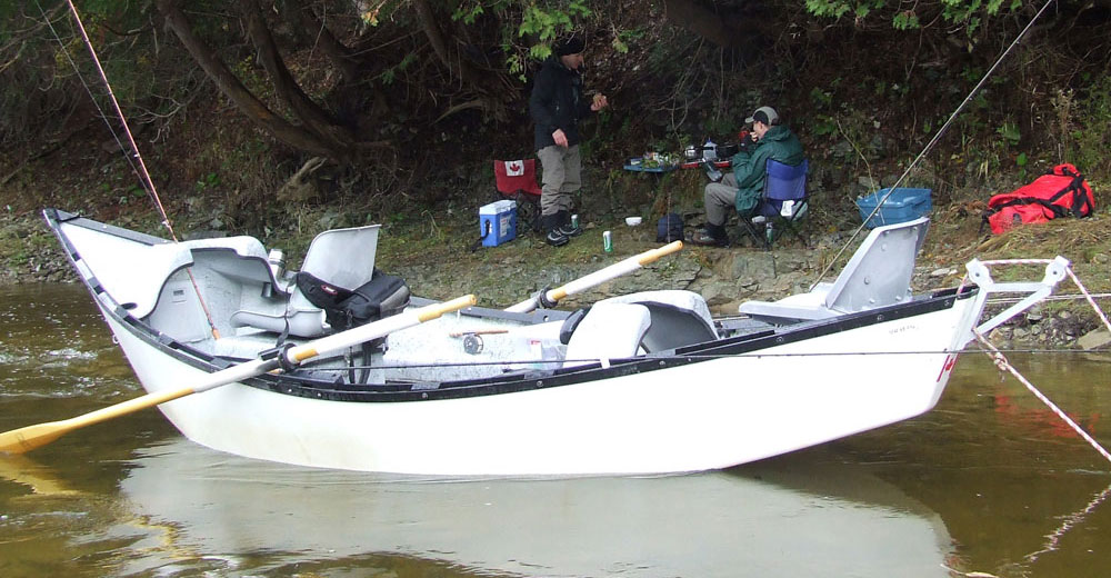 The drift boat our ontario drift boat guides grand for Best river fishing boat
